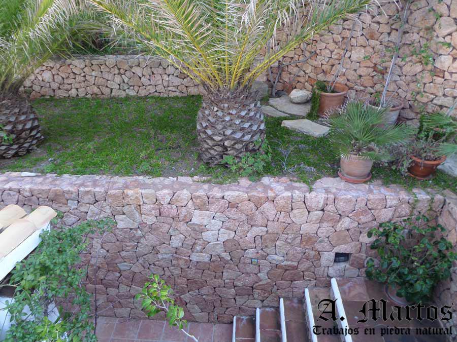 http://picapedreroibiza.com/wp-content/uploads/2017/03/picapedrero-ibiza-trabajos-ibiza-jardineras-1.jpg