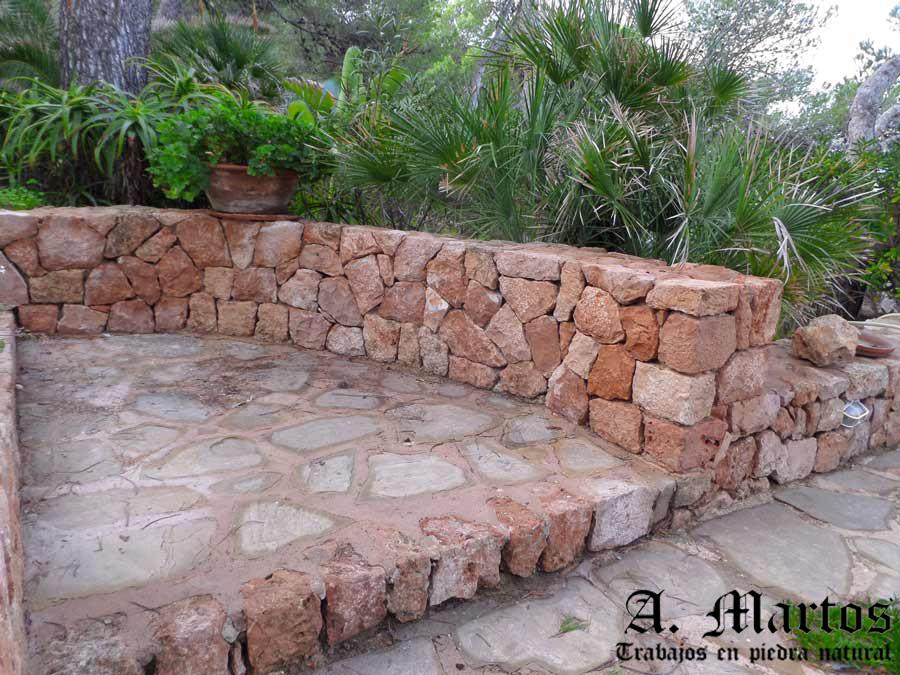 http://picapedreroibiza.com/wp-content/uploads/2017/03/picapedrero-ibiza-trabajos-ibiza-jardineras-6.jpg