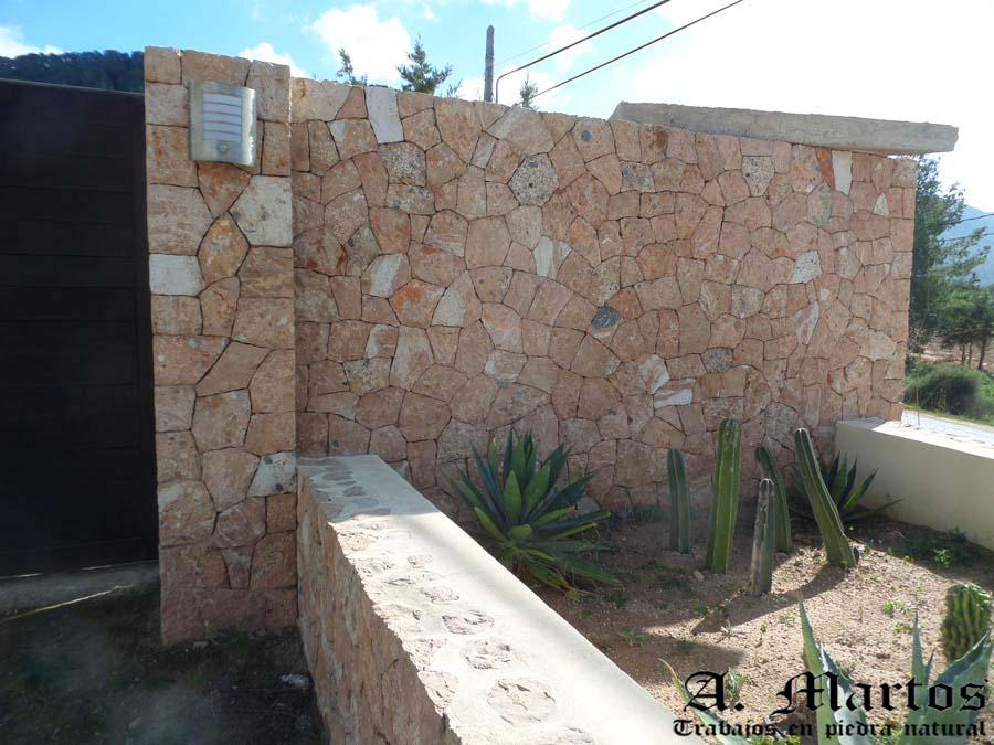 http://picapedreroibiza.com/wp-content/uploads/2017/03/picapedrero-ibiza-trabajos-ibiza-pilares-5.jpg